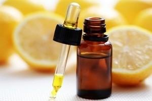Эфирное масло из кожуры лимона